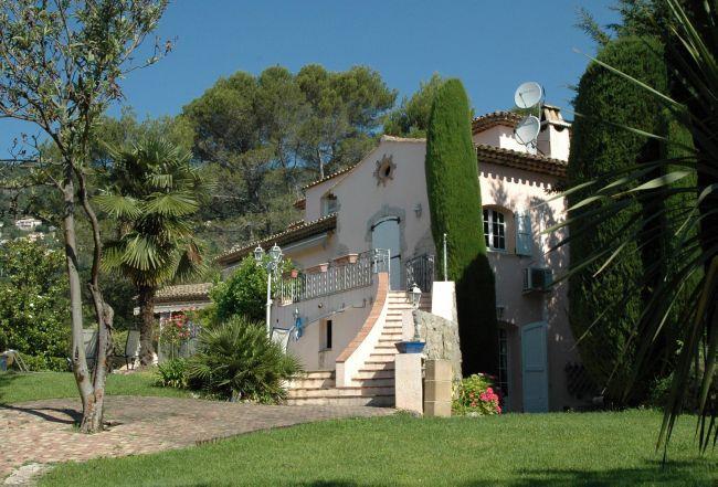 vente maison/villa 9 pièces CABRIS 06530