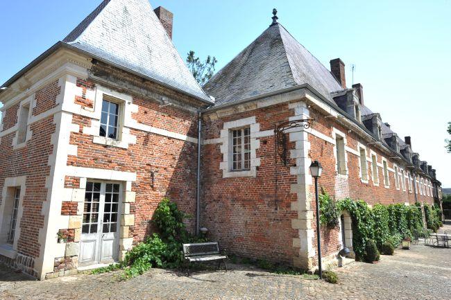 Très beau manoir restauré du XVIIIème siècle avec se ~ Beaugies Sous Bois