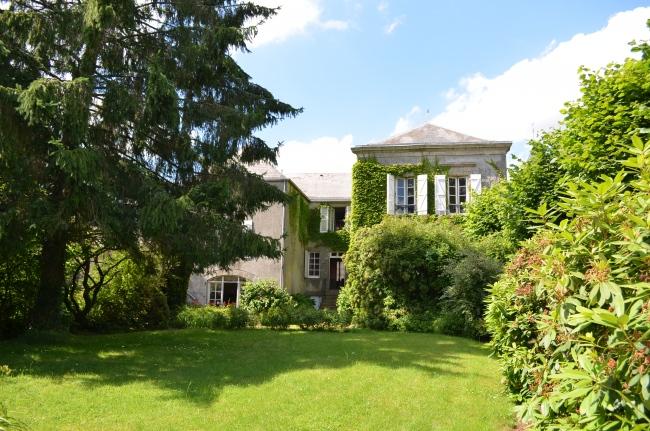 vente maison/villa 10 pièces JUBLAINS 53160