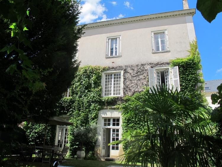 vente maison/villa 9 pièces LAVAL 53000