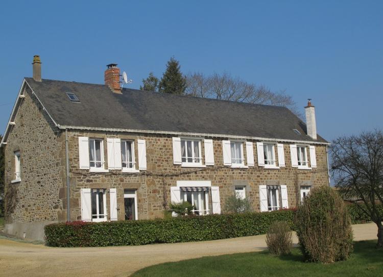 vente maison/villa 8 pièces MAYENNE 53100