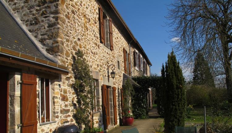 vente maison/villa 12 pièces LAVAL 53000