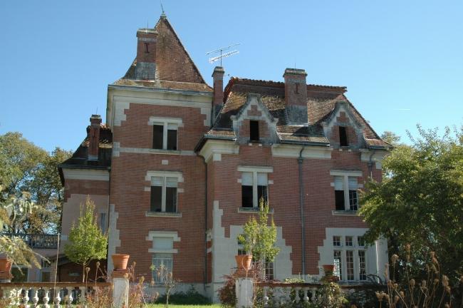 vente de prestige château 15 pièces AUTY 82220