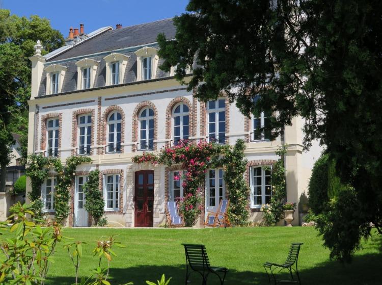 H tel de luxe yonne for Hotel design yonne